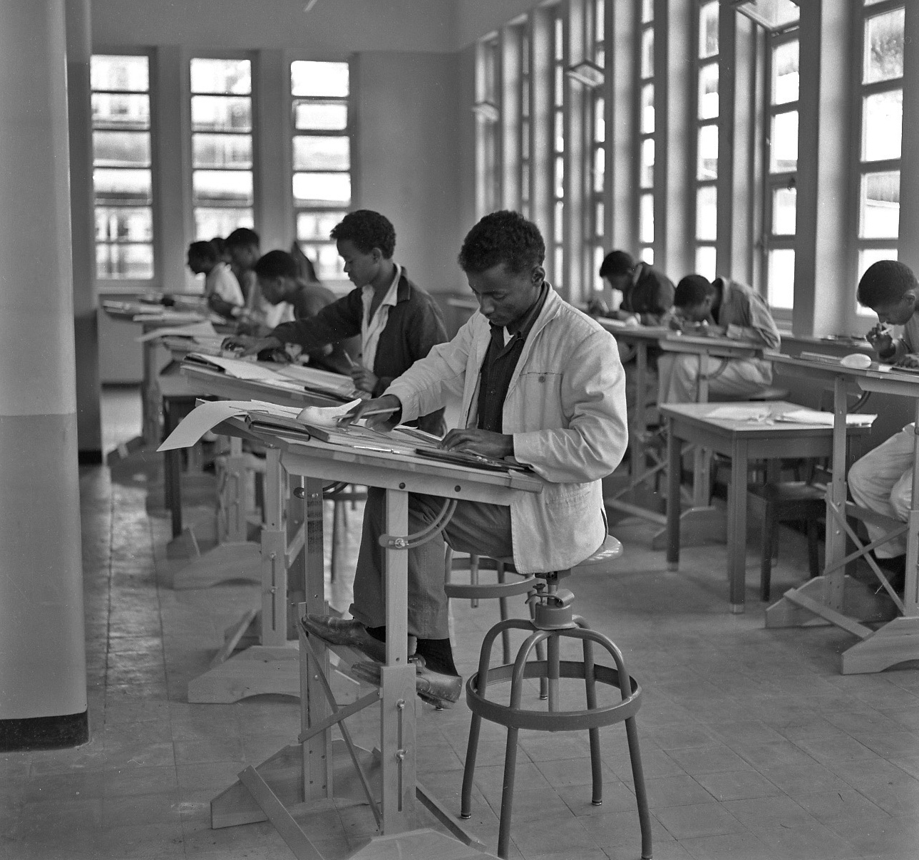 TMS-Students-Photo-2-taken-1963-1965_2